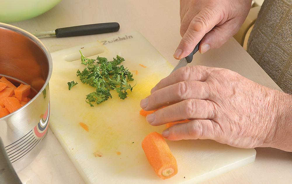 PWG Hoefli Dienstleistung gemeinsames Kochen in der Gruppe